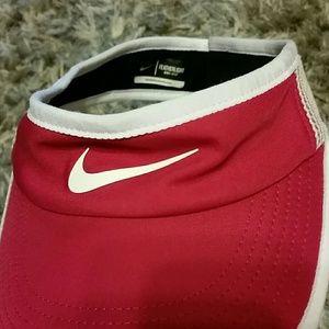 Nike Viso